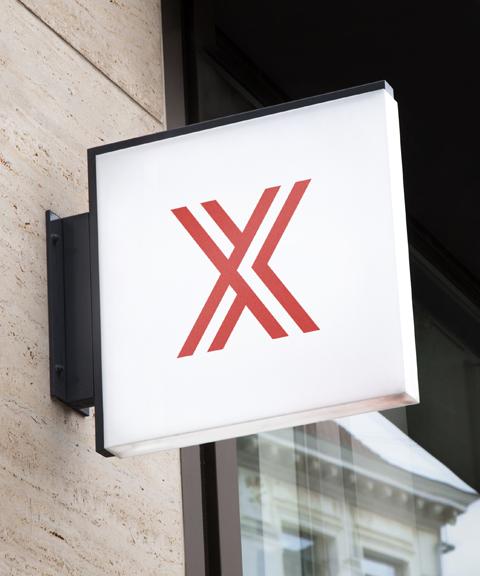 À Lyon, Nîmes ou Paris, ViaExperts vous réserve des adresses stratégiques et prestigieuses, au service de votre image de marque. Image d'illustration.